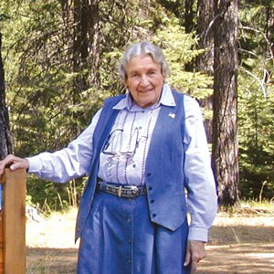 "Elizabeth H. ""Becky"" Johnson at the Metolius Preserve dedication in 2004. Photo: Land Trust."